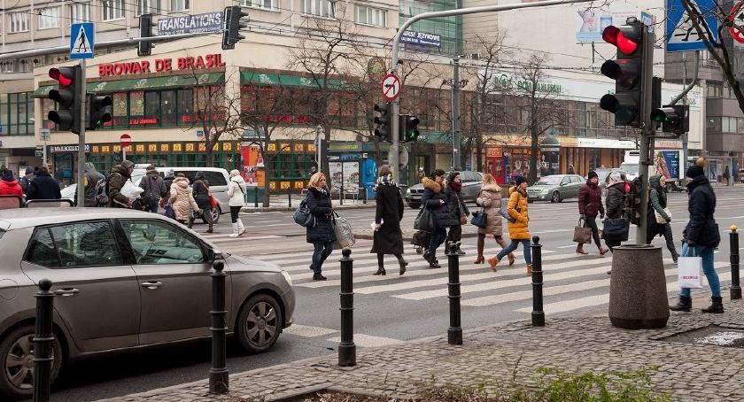 Transport publiczny - komunikacja, Będą opłaty wjazd autem centrum miasta Umożliwią przepisy - zdjęcie, fotografia