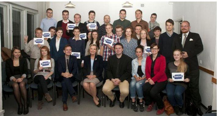 Polityka, Maria Anders spotkaniu Forum Młodych - zdjęcie, fotografia