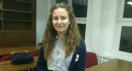 Dana urodziła się na Białorusi, przez wiele lat mieszkała w Rosji, a teraz uczy się w Polsce
